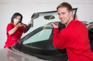 Windshield installation in new car or truck inPhoenix arizona